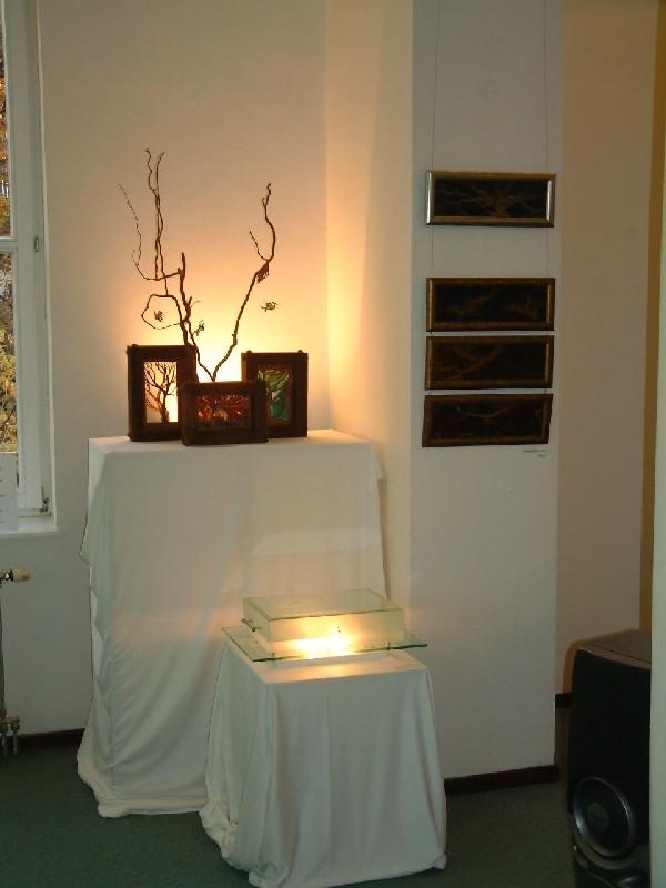 Lámpások. Részlet a kiállításból