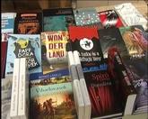 Fotó a könyves standról